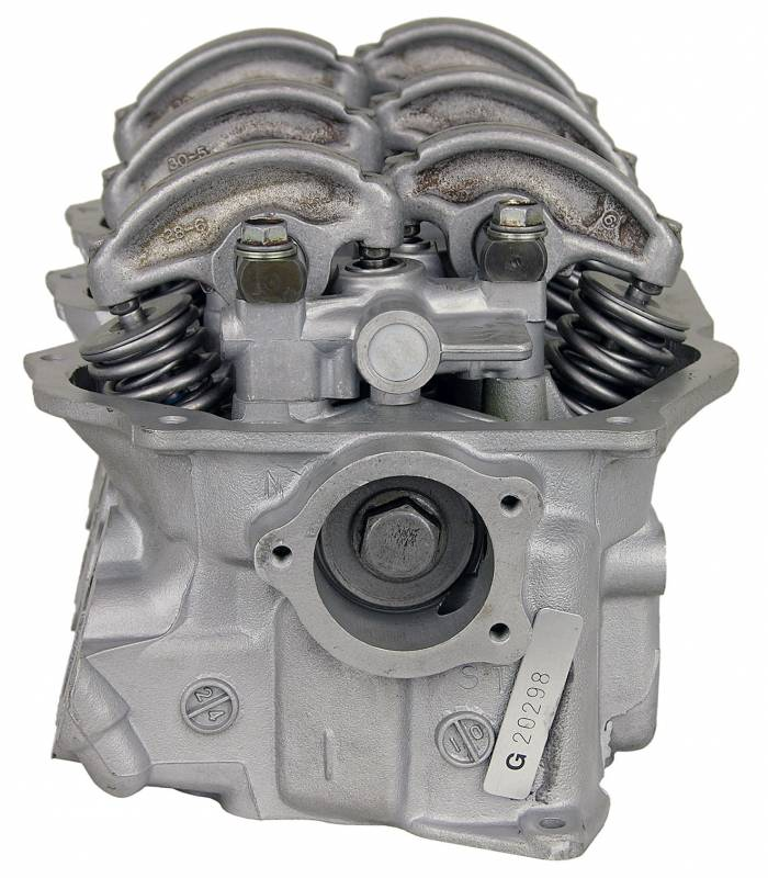 SD Parts - 2326 NISSAN VG30E RIGHT HEAD Engine Cylinder Head
