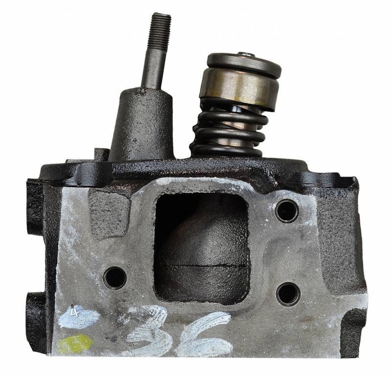 Master Cylinder Head El Cajon: 2C82 CHEV 250/292 70-85 CYL HD Engine Cylinder Head