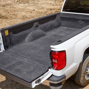 GM Accessories - Genuine GM Parts 84096102 -  Short Box Carpeted Bed Liner with Bowtie Logo [2014-18 Silverado]