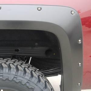 GM Accessories - GM Accessories 19303289 -  Short Box Bolt-On Look Fender Flare Set by EGR in Black [2014-18 Silverado]