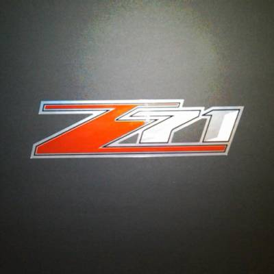 GM Accessories - GM Accessories 20986188 - Pickup Box Decal Package in Chrome with Z71 Logo [2013-14 Silverado&Sierra]